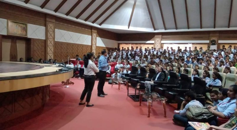 Cognizant Team Interacting with students 2