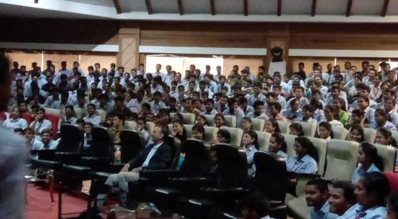 Cognizant Team Interacting with students 3